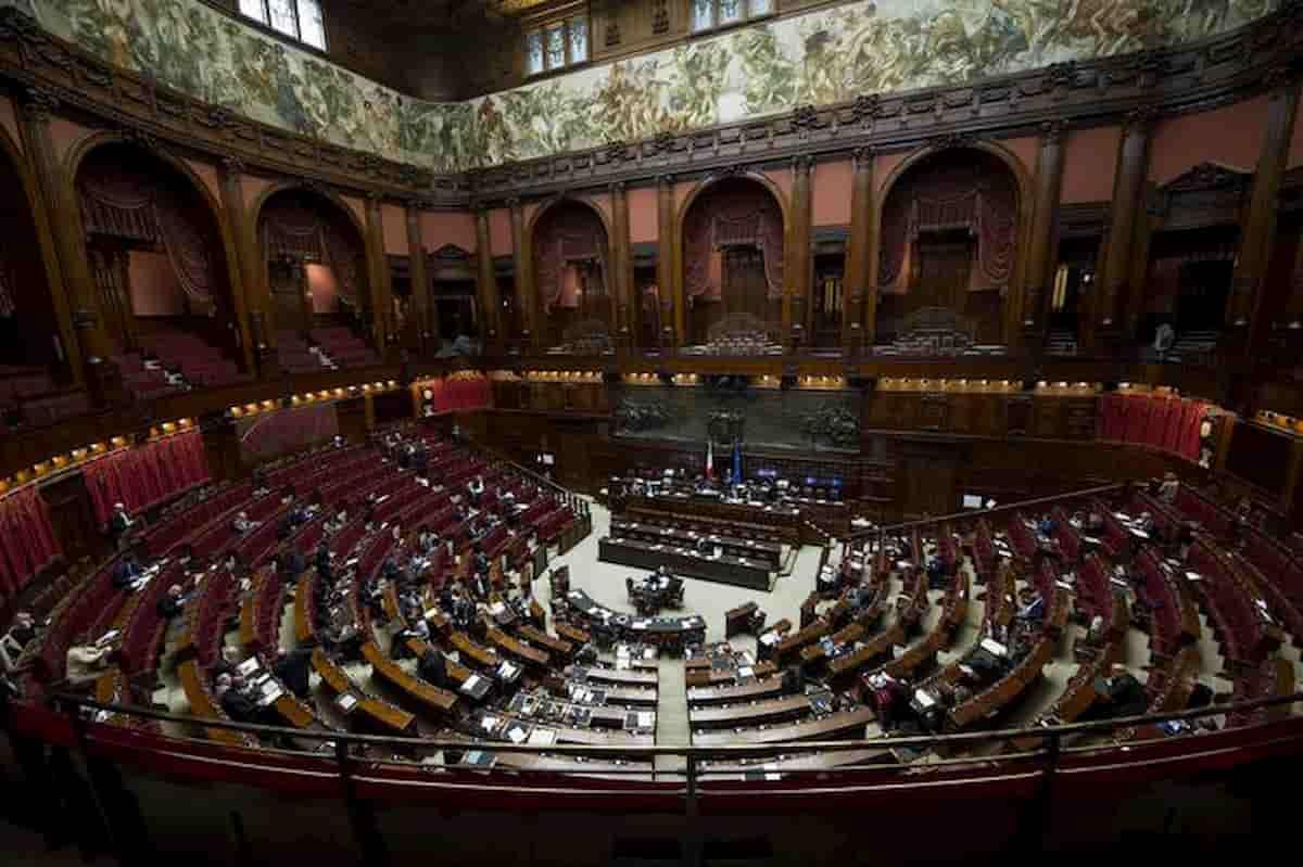 Referendum taglio parlamentari il 29 marzo gli italiani for Parlamentari italiani numero