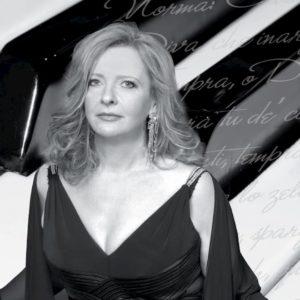 """Rossana Tomassi Golkar, la """"Callas al pianoforte"""", porta La Norma di Bellini-Bacalov a Montecitorio"""