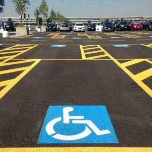 Vigile parcheggia su posto disabili. Processo e gogna social, 10 giorni dopo si spara a Palazzolo
