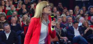Selvaggia Lucarelli attaccata dal pubblico: Sei come Tina Cipollari