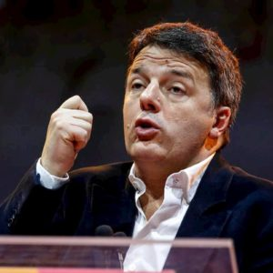 """Renzi: """"Se cade Conte ci sarà un nuovo governo ma niente elezioni"""""""