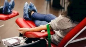 Coronavirus. Una cura dal sangue dei guariti: anticorpi plasma bloccano infezione