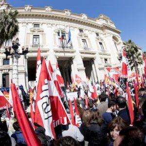 Sindacati come Polonia e Ungheria: sciopero per pubblico impiego uguale veto a Recovery