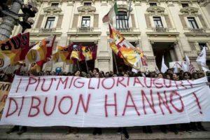 Scuola sciopero dei precari 17 marzo 2020. Concorsi, sindacati li vogliono facili e vogliono tutti in cattedra garantito