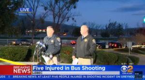 Sparatoria California, apre fuoco su un bus: un morto e 5 feriti