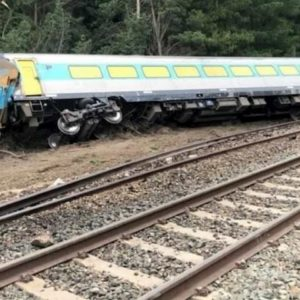 Australia, incidente ferroviario a Wallan: treno deraglia, due morti