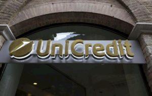 Unicredit chiude 450 filiali: previsti 6mila esuberi in Italia