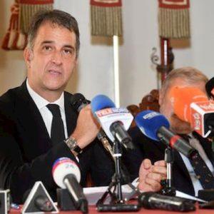 """Coronavirus, Michele Uva (vice presidente Uefa): """"Stop al calcio se la situazione precipita"""""""