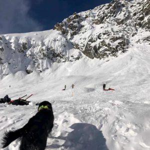 Iran, valanga travolge e uccide italiano: lo sciatore era col figlio e una guida