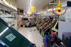 auto supermercato viconago varese