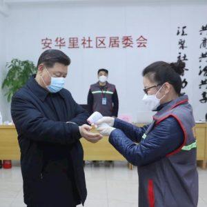 Coronavirus, il repulisti di Xi Jinping: rimosso il capo del partito a Wuhan, punito il governo a Hong Kong