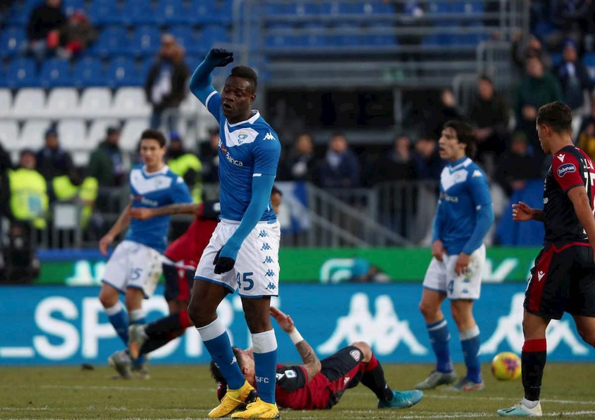 Brescia costringe allenatori esonerati a lavorare, AIAC sul piede di guerra ma poi arriva la smentita del club di Cellino