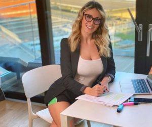 "Coronavirus, Diletta Leotta su Instagram: ""Pronta per lo smart working"""
