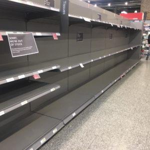 """Coronavirus, italiana cacciata da un supermercato: """"Avete infettato l'Europa"""""""