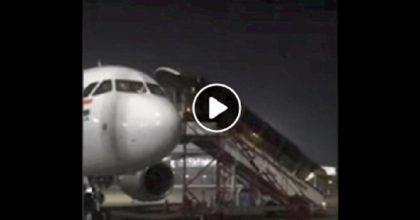 aereo atterraggio emergenza