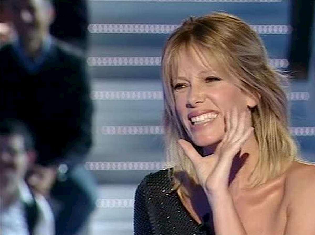 """Amici, Alessia Marcuzzi giudice speciale al posto della Berté: """"Siete le prime persone che vedo dopo la quarantena"""""""
