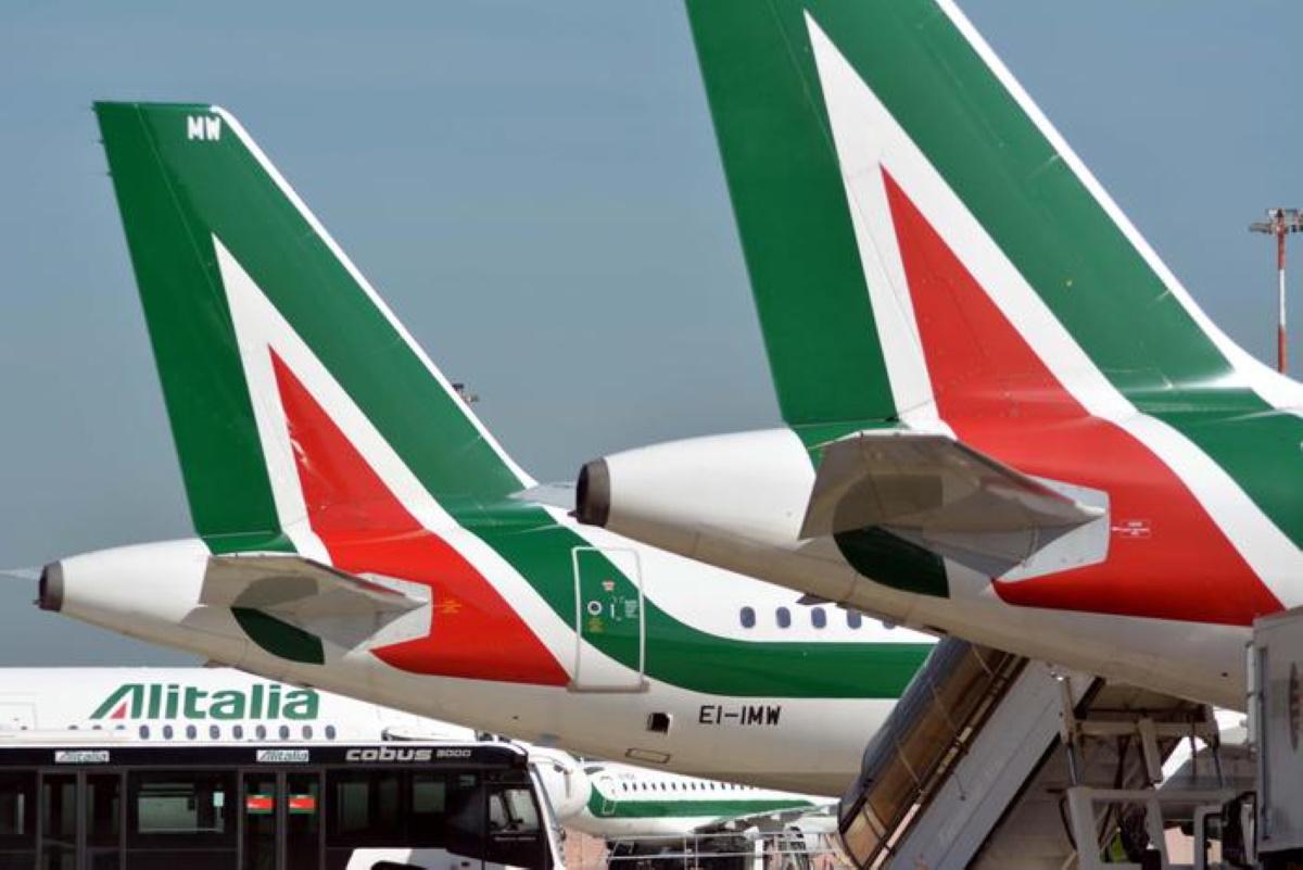 Alitalia cassa integrazione per altri 6800 dipendenti causa coronavirus