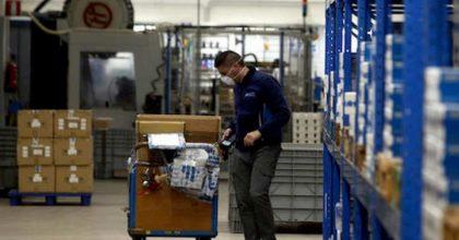 Coronavirus, nuovo elenco Ateco: dai barattoli al vetro, ecco le aziende che restano aperte