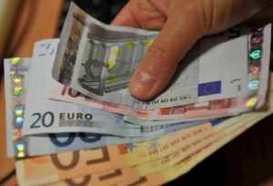 Coronavirus, la glaciazione dei soldi per l'Italia. Sette mld, saranno... quasi bruscolini