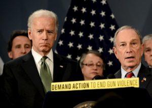 Michael Bloomberg sconfitto al Super Tuesday si ritira e appoggia Joe Biden