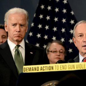 Usa, Micheal Bloomberg sconfitto al Super Tuesday si ritira e appoggia Joe Biden