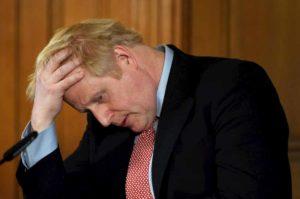 Coronavirus all'inglese secondo Boris Johnson: moriranno in tanti, poi saremo immuni