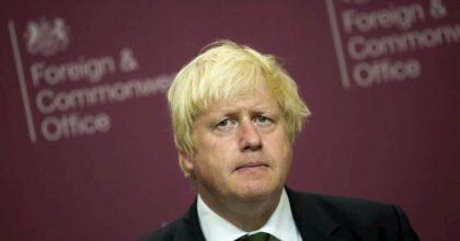 Boris Johnson: quarantena obbligatoria di 3 mesi per 1,5 mln di vecchi e malati
