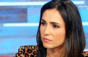 """Coronavirus, Caterina Balivo: """"Non dormo con mio marito da dieci giorni per precauzione"""""""