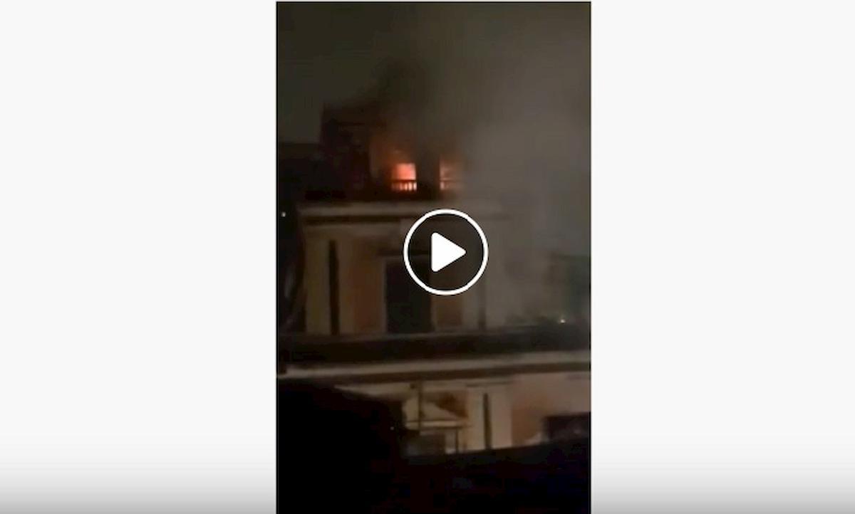 campanile fiamme