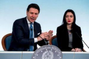 Effetto coronavirus, Lucia Azzolina: sono il Ministro, archivia Fedeli-Boldrini