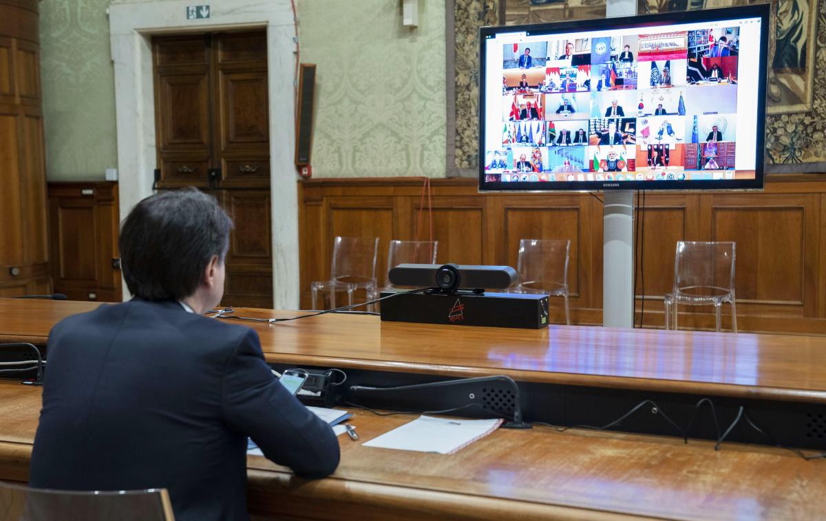 Coronabond, scontro Italia-Ue. Conte chiede soluzioni, Merkel il Mes