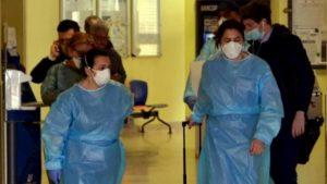Coronavirus, medico e infermiera di Crema in rianimazione