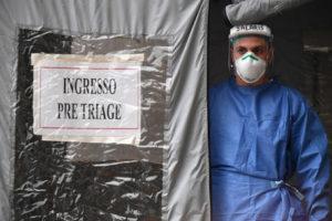 Cornavirus, Cina ci manda sua Croce Rossa e farmaco di Wuhan. Oggi più malati di loro