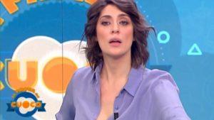 """Coronavirus, Elisa Isoardi smentisce contagio a La Prova del Cuoco: """"Non sono in isolamento"""""""