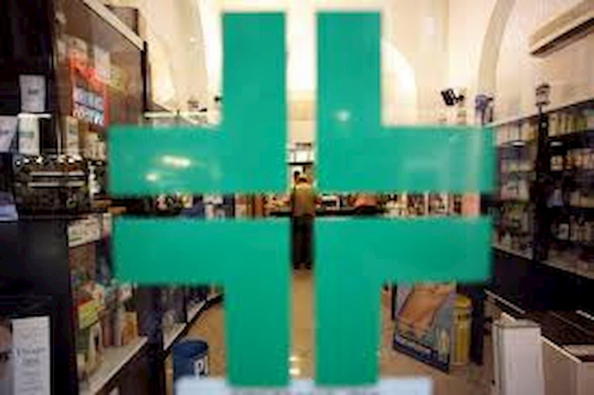 """Coronavirus, malati reumatici cronici: """"In farmacia manca farmaco usato anche contro il Covid-19"""""""
