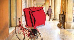 Coronavirus e food delivery in Italia: le regole per chi consegna cibo a domicilio