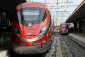 Settebagni, incendio alla stazione blocca di nuovo l'Alta velocità. Roma-Firenze, fino a due ore di ritardi