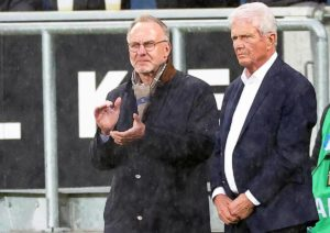 Dietmar Hopp, il presidente più odiato della Bundesliga. Perché l'Hoffenheim è suo, ma sopra il 49% non si potrebbe