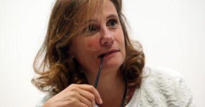 Coronavirus, Ilaria Capua: donne con più difese. Far tornare donne al lavoro prima degli uomini?