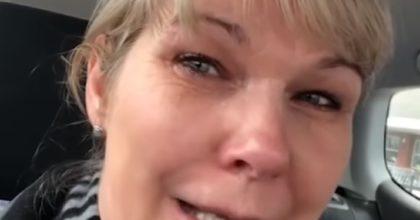 Coronavirus, infermiera in lacrime lascia l'ospedale dopo 2 giorni e trova scaffali vuoti al supermercato