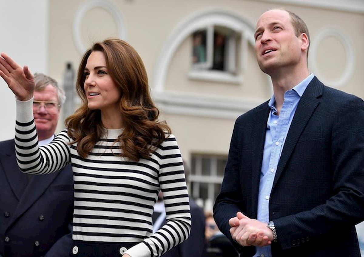 Coronavirus, William e Kate prendono le redini della Firm, mentre Carlo è positivo ed Elisabetta in isolamento