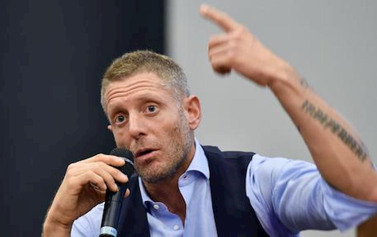 """Coronavirus, Lapo Elkann attacca Cobolli Gigli: """"Invece di criticare Cristiano Ronaldo, prenda esempio"""""""