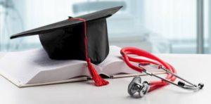 "Coronavirus, laurea in Medicina diventa abilitante. Manfredi: ""Così 10mila medici in più"""