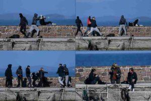 Greci in rivolta a Lesbo contro i profughi. Erdogan li spara come proiettili umani sull'Europa