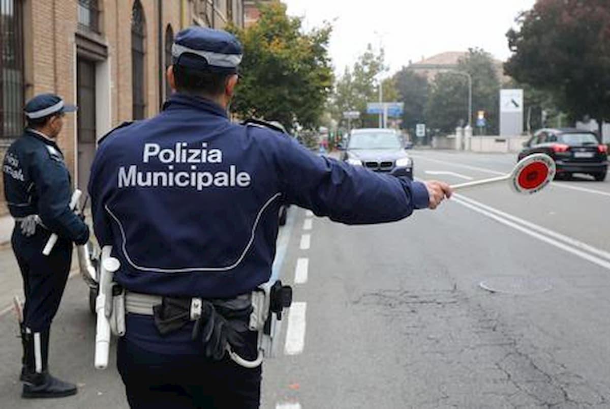 Coronavirus, a Firenze uomo fermato soffia in faccia ad un agente: denunciato