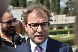 """Coronavirus, Luca Lotti (Pd) è positivo: """"Sono uscito solo per andare a votare in Parlamento"""""""