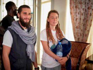 Luca Tacchetto atterrato a Roma: lui e la fidanzata fuggiti dai rapitori vestiti da tuareg