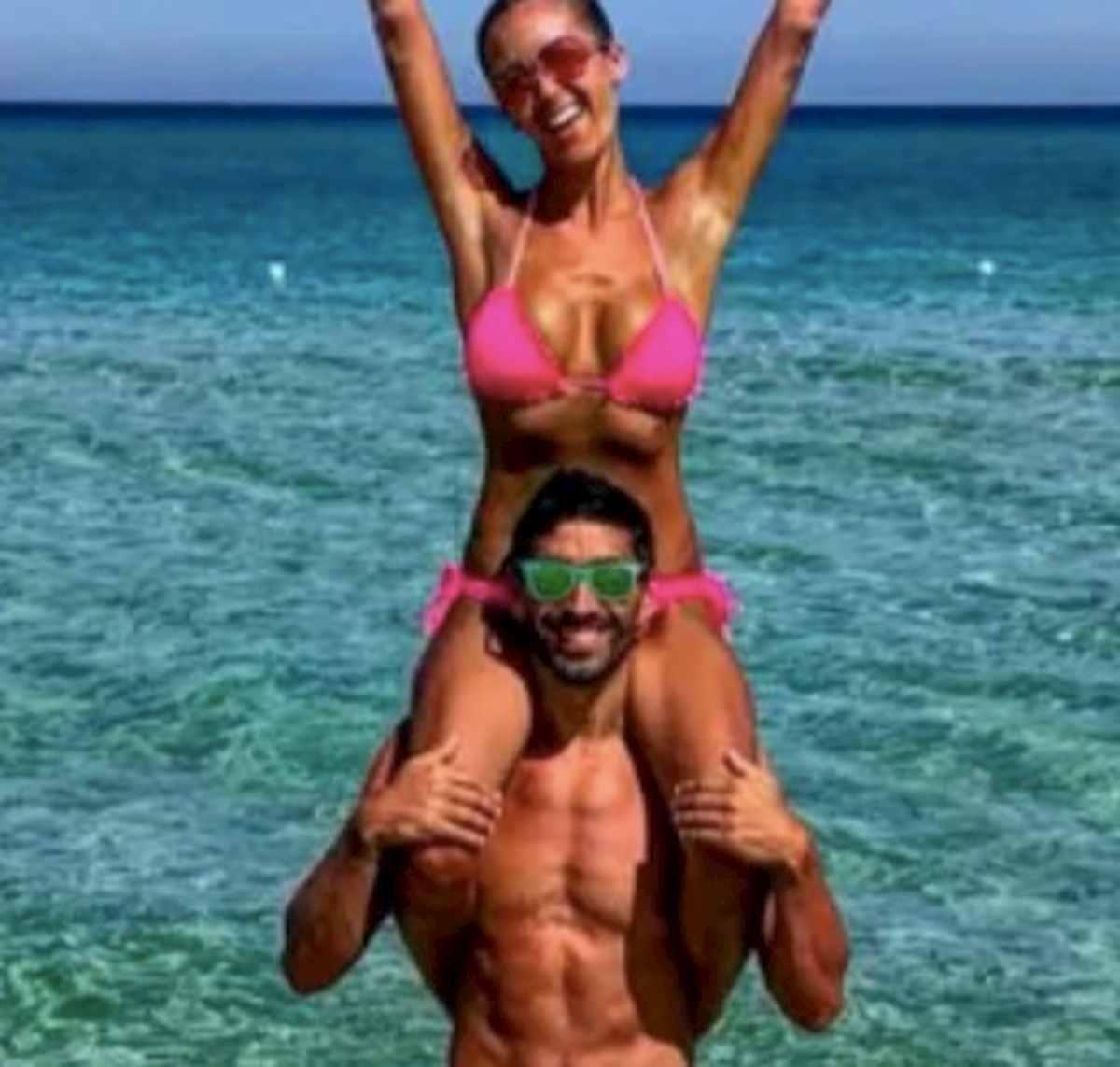 """Giorgia Palmas e Filippo Magnini, matrimonio rinviato per il coronavirus: """"Tra qualche mese sarà ancora più bello"""""""