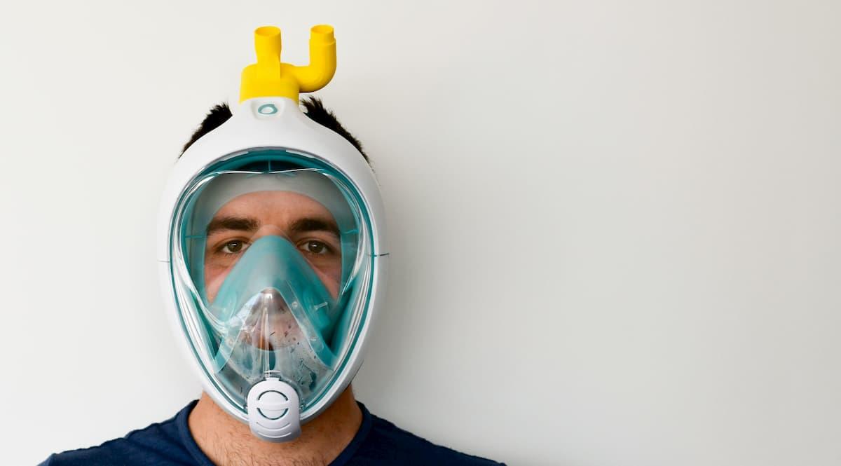 Coronavirus, maschera da snorkeling trasformata in respiratore contro il contagio