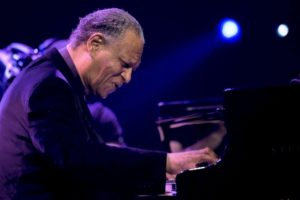McCoy Tyner è morto: addio al pianista jazz che diventò leggenda con John Coltrane